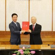Ông Võ Văn Thưởng giữ chức Thường trực Ban Bí thư, ông Trần Tuấn Anh làm Trưởng ban Kinh tế TƯ