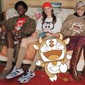 """<p class=""""Normal""""> <strong>Gucci</strong></p> <p class=""""Normal""""> Nhân dịp kỷ niệm 50 năm Doraemon ra đời và chào đón Tết Nguyên đán 2021, Gucci ra mắt bộ sưu tập mới lấy cảm hứng từ chú mèo máy nổi tiếng. Bộ sưu tập gồm hơn 50 sản phẩm khác nhau, từ các mặt hàng dệt kim đến túi hình tambourine, bộ đồ thể thao và thậm chí là giày thể thao, khăn lụa. Giá của các sản phẩm từ 195 USD cho đến 5.800 USD. (Ảnh: <em>Gucci</em>)</p>"""
