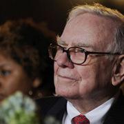 Vì sao Warren Buffett luôn nói không với bán khống, dù cổ phiếu đó có là GameStop