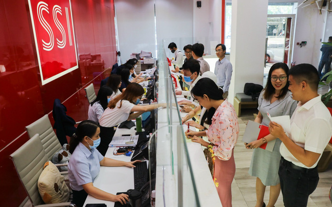 Vì sao En Fund quyết định chuyển đổi trái phiếu, trở thành cổ đông lớn của SSI?