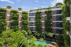 Khách sạn 5 tầng ở Hội An xanh mướt, phòng nào cũng nhìn thấy cây