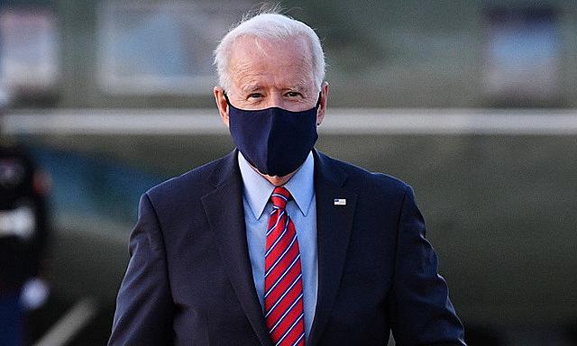 Biden tại căn cứ không quân Andrews hôm 6/2. Ảnh: AFP.
