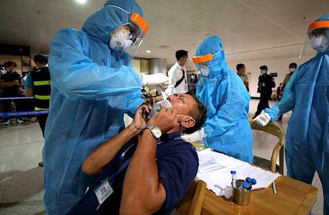 Sáng 8/2: Thêm 4 ca nhiễm Covid-19, đều làm việc tại sân bay Tân Sơn Nhất