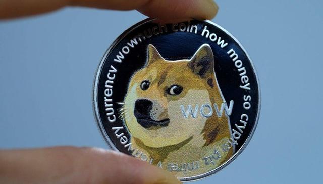 Elon Musk giúp tiền ảo Dogecoin vượt mốc vốn hóa 10 tỷ USD