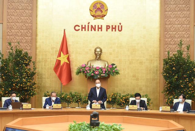 Thủ tướng chủ trì họp Thường trực Chính phủ về Covid-19.
