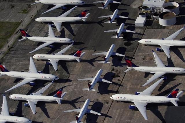 Các hãng bay Mỹ đang 'bơi' trong tiền mặt