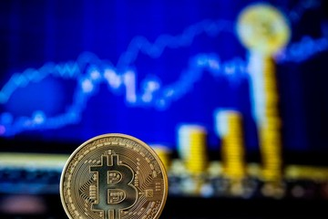 Giá Bitcoin lên cao kỷ lục gần 50.000 USD