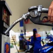 Giữ nguyên giá xăng dầu trong dịp Tết
