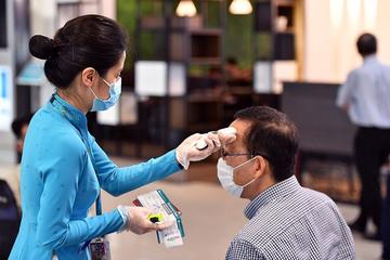 100% nhân viên sân bay Nội Bài âm tính Covid-19