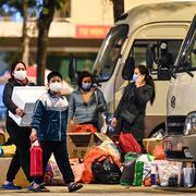 Người dân trở lại Hà Nội sau Tết phải khai báo y tế