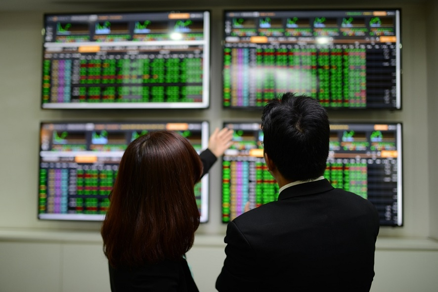 Thị trường chứng khoán 2021 có còn gây bất ngờ?