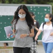 TP HCM: Học sinh, sinh viên tiếp tục ngừng đến trường để phòng chống dịch bệnh
