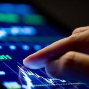 Khối ngoại mua ròng hơn 700 tỷ đồng trong phiên khai xuân, tập trung gom VHM và HPG