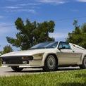"""<p> <strong>Lamborghini Jalpa</strong>: Mẫu xe """"kế nhiệm"""" Silhouette là Jalpa. So với """"đàn anh"""", Lamborghini Jalpa được đón nhận tốt hơn khi dòng đời kéo dài trong suốt thập niên 1980 với doanh số 410 chiếc. Jalpa là dòng xe Lamborghini sau cùng dùng động cơ V8 trong thế kỷ 20, cỗ máy 3.5L sản sinh công suất khoảng 255 mã lực, đi cùng hộp số sàn 5 cấp. Lamborghini cung cấp cho Jalpa tùy chọn trang bị cánh gió tương tự Countach.</p>"""