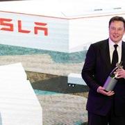 Tesla của tỷ phú Elon Musk giành chiến thắng như thế nào?