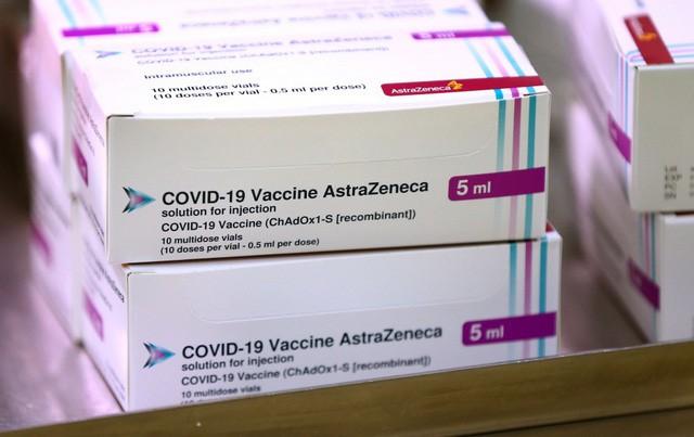 Thứ trưởng Y tế nói về đối tượng ưu tiên tiêm vaccine Covid-19 đợt 1