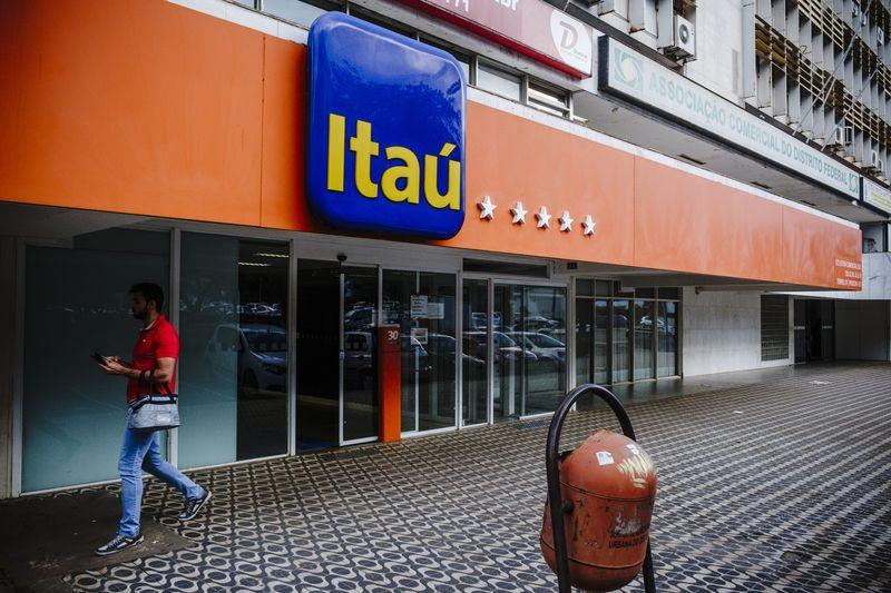 Cỗ máy quản lý 6 tỷ USD của gia tộc quyền lực Brazil