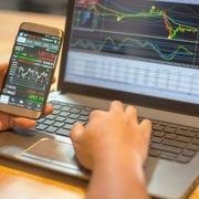 Cổ phiếu lớn vẫn phân hóa, VN-Index tăng điểm nhẹ