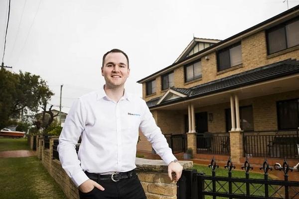 Người đàn ông Australia 29 tuổi sở hữu 29 căn nhà nhờ tiết kiệm