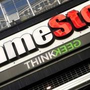 Giá gấp đôi cuối phiên, cổ phiếu GameStop gây sốc cả Phố Wall lẫn Reddit