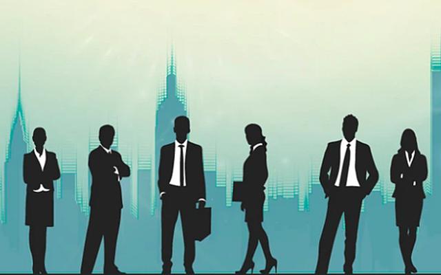 Nhiều lãnh đạo các bộ giữ chức vụ cao tại ngân hàng.
