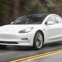 """<p class=""""Normal""""> <strong>Tesla Model 3</strong></p> <p class=""""Normal""""> Là dòng xe Tesla rẻ nhất trên thị trường, tuy nhiên Tesla Model 3 vẫn được đánh giá là một mẫu xe điện có thiết kế đẹp, hiệu suất tốt.</p> <p class=""""Normal""""> Tại Mỹ, phiên bản Model 3 Standard Range Plus dẫn động cầu sau đang được bán với giá khởi điểm từ 38.190 USD, đã bao gồm phí vận chuyển 1.200 USD. Phiên bản này có tầm hoạt động khoảng 423 km cho một lần sạc đầy pin.</p> <p class=""""Normal""""> Nếu có nhu cầu đi lại nhiều, khách hàng có thể chọn mua phiên bản Long Range với tầm hoạt động 568 km cho một lần sạc đầy. Giá của phiên bản này bắt đầu từ 48.190 USD.</p> <p class=""""Normal""""> Còn nếu quan tâm tới hiệu suất, phiên bản hiệu suất cao Performance sẽ làm các khách hàng hài lòng. Phiên bản này có giá từ 57.190 USD và có tầm hoạt động 506 km cho một lần sạc đầy.</p> <p class=""""Normal""""> Cả 2 phiên bản Long Range và Performance đều được trang bị hệ thống dẫn động 4 bánh.</p>"""