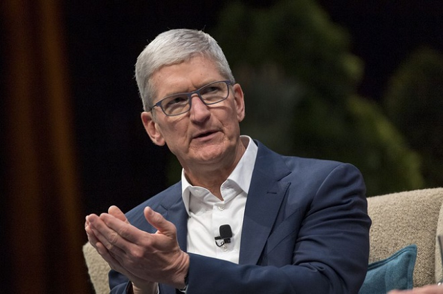 tim-cook-5587-1614388233.png