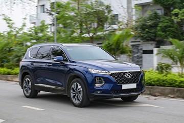 Hyundai Santa Fe giảm giá hơn 80 triệu xả hàng tồn