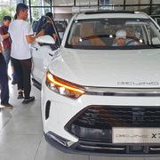 Ôtô Trung Quốc ồ ạt về Việt Nam tháng đầu năm 2021