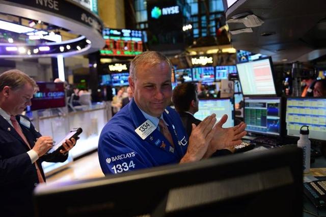 Phố Wall tăng điểm, S&P 500 có phiên tốt nhất kể từ tháng 6