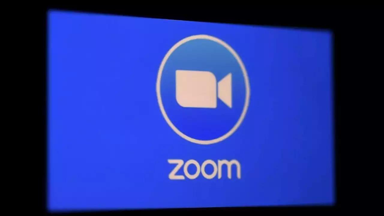 Zoom tiếp tục 'ăn nên làm ra' trong mùa đại dịch Covid-19