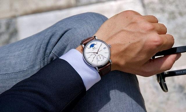 Tại sao đàn ông thích đeo đồng hồ?