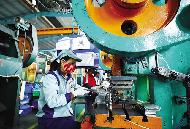 Chỉ số Sản xuất toàn ngành công nghiệp (IIP) là điểm sáng của nền kinh tế trong 2 tháng đầu năm.