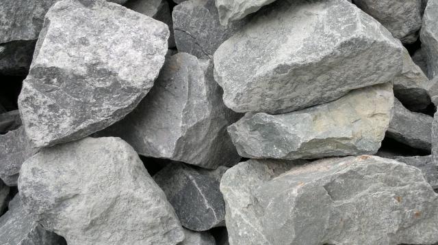 Dừng khai thác 1 mỏ, Đá Núi Nhỏ lên kế hoạch lợi nhuận 2021 giảm sâu