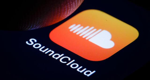 SoundCloud - ứng dụng nghe nhạc trực tuyến đầu tiên trả phí bản quyền trực tiếp cho nghệ sĩ.
