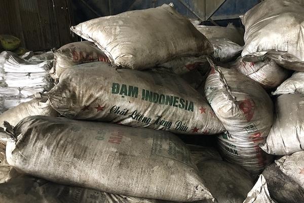Khởi tố vụ án sản xuất, buôn bán phân bón giả tại Đồng Nai