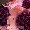 """<p class=""""Normal""""> Hoa vẫn là món quà được lựa chọn nhiều nhất để tặng phụ nữ trong ngày 8/3.</p>"""