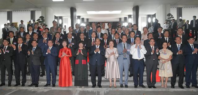 Thủ tướng và các đại biểu dự Đối thoại 2045.
