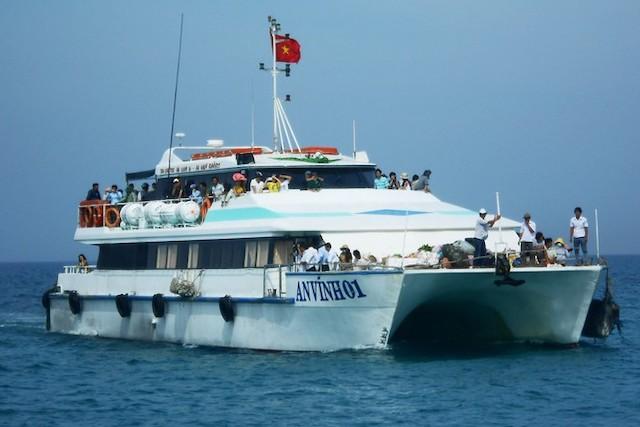 Quảng Ngãi không đồng ý về việc mở tuyến vận tải hành khách đường thủy liên tỉnh từ thành phố Đà Nẵng đi huyện Lý Sơn.