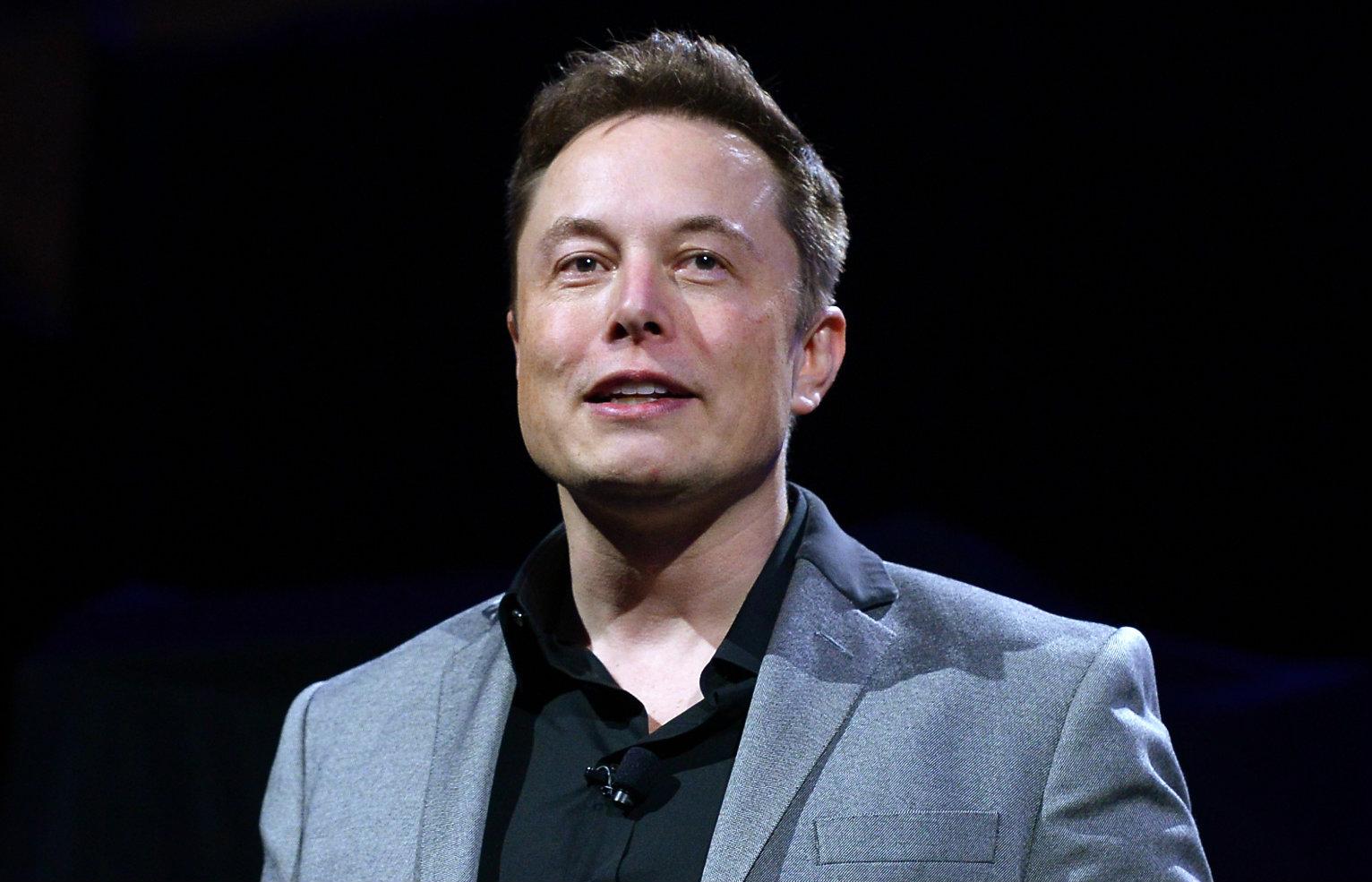 'Hạn' của Elon Musk: Một năm Tesla ba lần chứng kiến vốn hóa 'bốc hơi' một phần ba giá trị