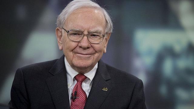 Warren Buffett là thành viên thứ sáu của câu lạc bộ tài sản từ 100 tỷ USD