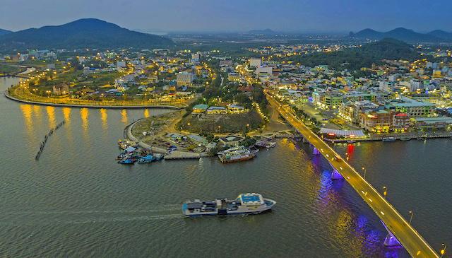 Tìm giải pháp phát triển bền vững cho Đồng bằng sông Cửu Long theo hướng thuận thiên