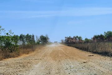 'Cò đất' nườm nượp đổ về sân bay Phan Thiết