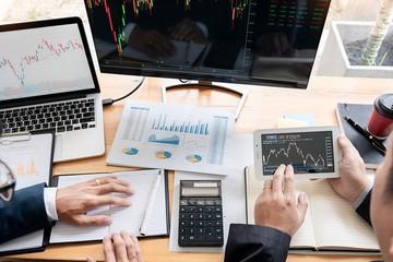 Nhận định thị trường ngày 15/3: 'Tích lũy quanh ngưỡng 1.180 điểm'
