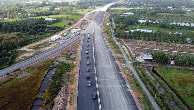 Cần gần 200.000 tỷ đồng phát triển giao thông miền Tây