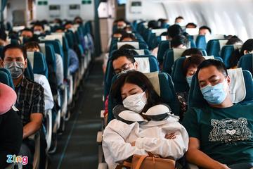 Giá vé hàng loạt chặng bay du lịch nội địa chạm đáy