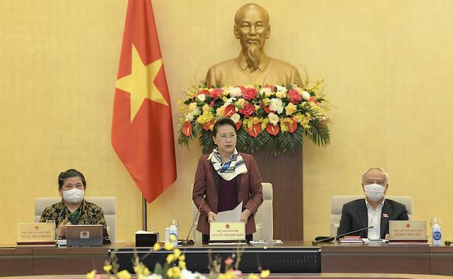 Chủ tịch Quốc hội Nguyễn Thị Kim Ngân phát biểu tại phiên họp thứ 53 của UBTVQH