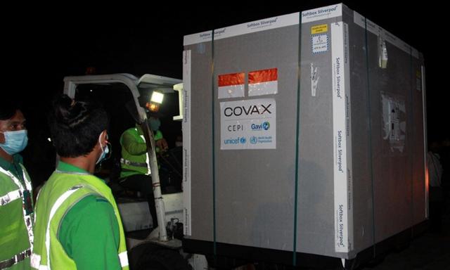 Indonesia hoãn tiêm vaccine Covid-19 AstraZeneca