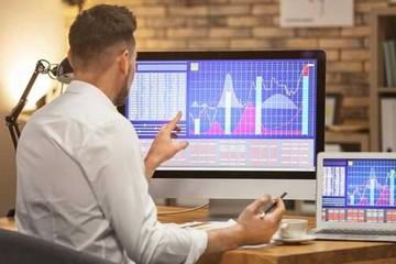 Khối ngoại bán ròng đột biến hơn 1.000 tỷ đồng trong phiên 17/3, CTG, VNM và POW bị 'xả' mạnh