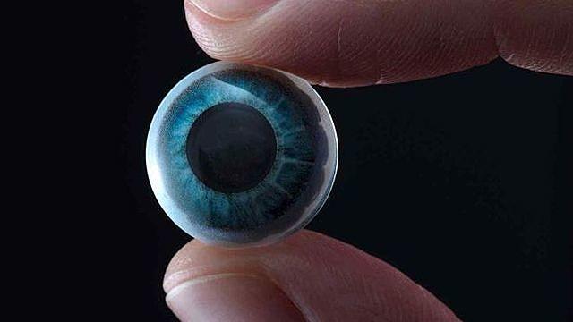 Kính áp tròng thông minh do công ty Mojo Vision phát triển dự kiến sẽ được thương mại trong ba năm MOJO VISION
